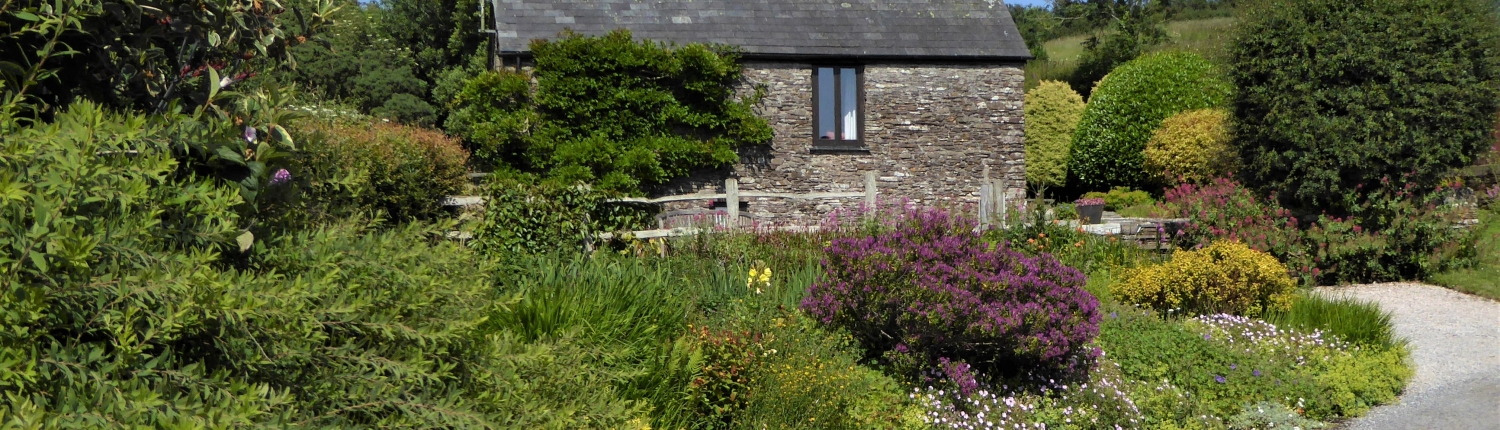 The Owlery, romantic cottage at Dittiscombe Hills Estate
