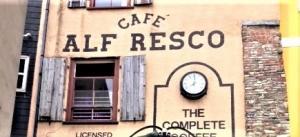 Dog friendly Cafe Alfresco, Dartmouth